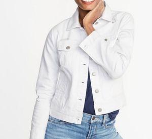 Old navy white Jean jacket. Women's size large